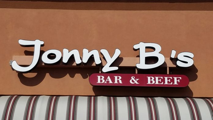 Johnny B's Bar & Beef - Mankato, MN